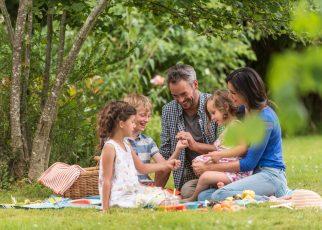 Majówkowe finger foods, czyli co warto zabrać na piknik
